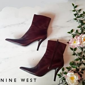 Nine west size 9.5 maroon stiletto ankle boots